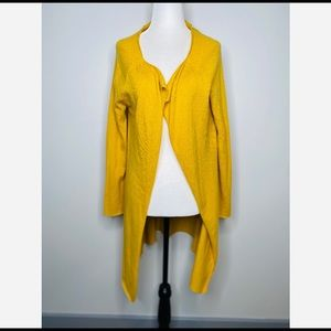 Neiman Marcus Yellow 100% cashmere Open Cardigan